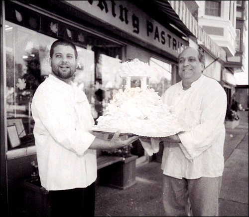 Little Rich and Big Rich at Viking Pastries